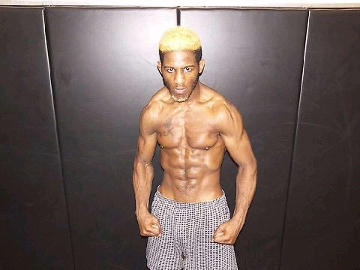 "Ben ""Flattop"" Fodor strikes a pose. Photo by axfighting.com"