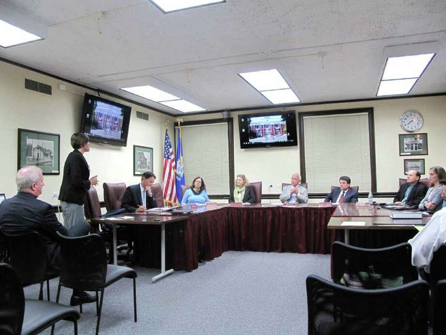 Budget Director Jennifer Charneski explains the benefits of the incoming iPads to the Board of Finance. Photo: Paresh Jha