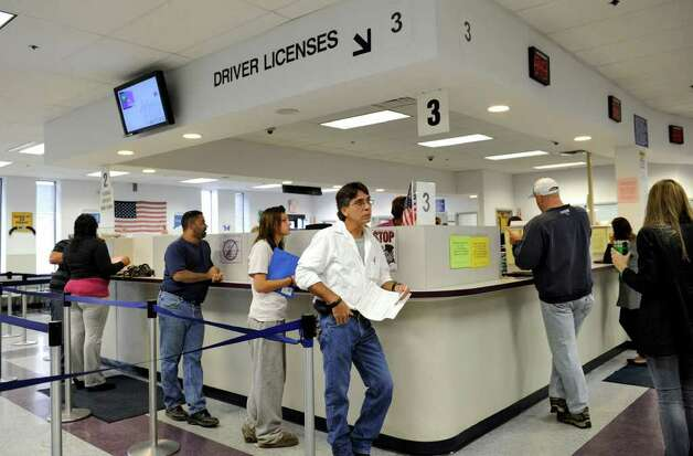 Danbury Dmv Restored To Full Service Hub Newstimes