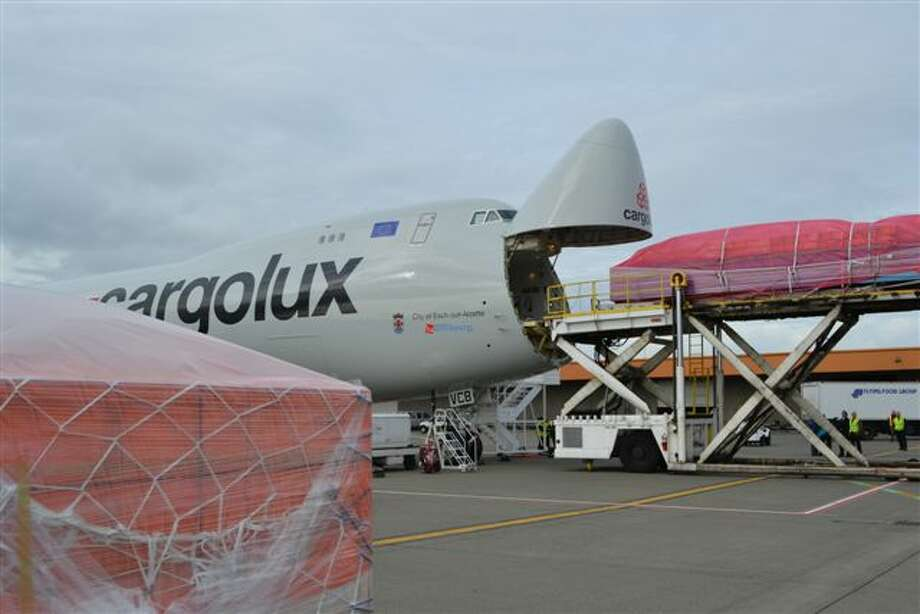 Cargolux loads cargo on its first Boeing 747-8 Freighter on Oct. 12, 2011, at Seattle-Tacoma International Airport. Photo: Perry Cooper, Port Of Seattle