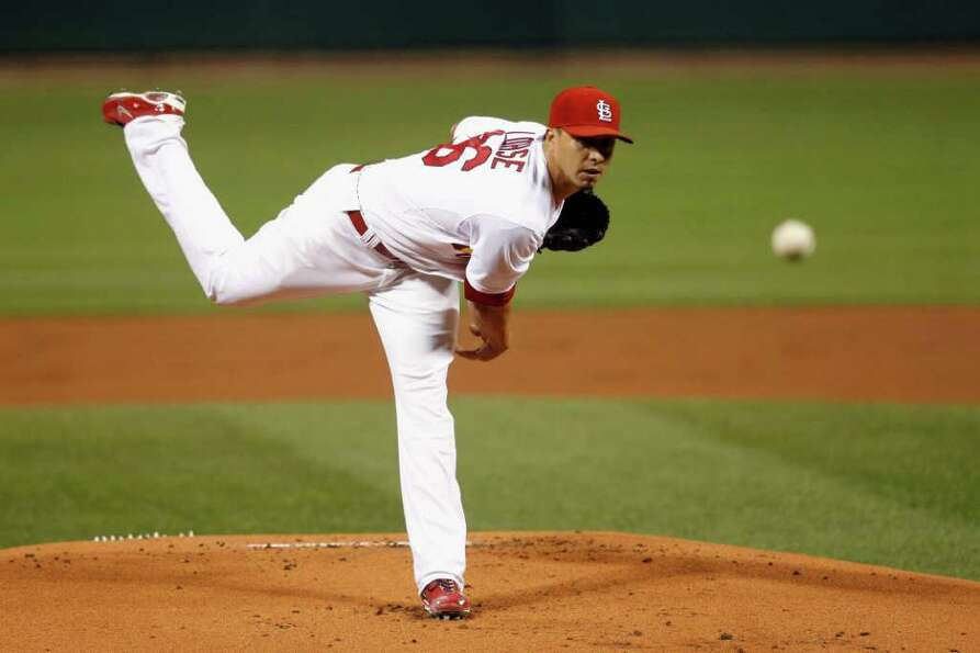 Kyle Lohse of the St. Louis Cardinals throws a pitch against the Milwaukee Brewers.