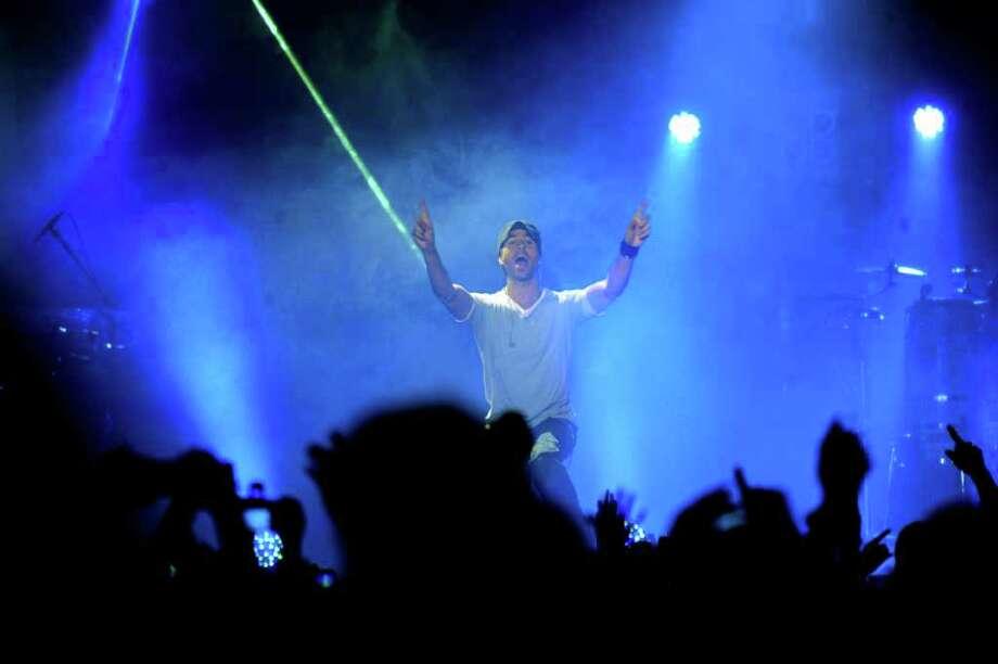 "Singer Enrique Iglesias performs during his ""Euphoria"" tour at the AT&T Center on Thursday, Oct. 13, 2011. Photo: Billy Calzada/gcalzada@express-news.net / gcalzada@express-news.net"