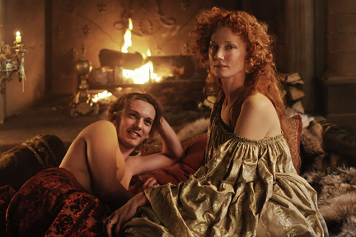 Jamie Campbell Bower as Earl of Oxford and Joely Richardson as Queen Elizabeth I in