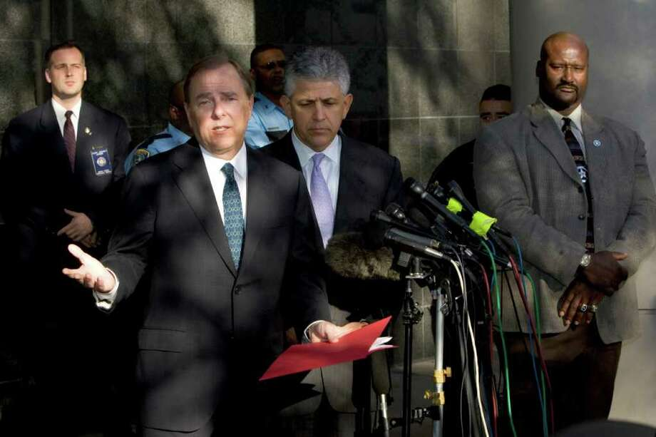 BRETT COOMER : HOUSTON CHRONICLE JAIL TIME: Former Enron CEO Jeff Skilling answers questions after his conviction on fraud and conspiracy charges in 2006. After five years, his final sentence is still to be determined. Photo: BRETT COOMER / Houston Chronicle