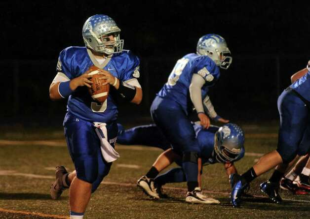 Highlights from boys football action between Bunnell and Pomperaug in Stratford, Conn. on Friday October 14, 2011. Photo: Christian Abraham / Connecticut Post