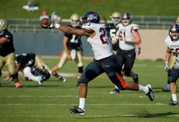 UTSA player, #23, John Walker III knocks down a pass during second half action, as the UC Davis Aggies 38-17 victory over the University of Texas at San Antonio Roadrunners, Saturday Oct. 15, 2011. Brian Baer/Special to the San Antonio Express-News Photo: Brian Baer, Express-News / © 2011 Brian Baer