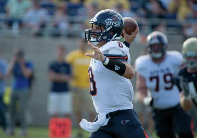 UTSA player, #8, Eric Soza throws the ball during second half action, as the UC Davis Aggies 38-17 victory over the University of Texas at San Antonio Roadrunners, Saturday Oct. 15, 2011. Brian Baer/Special to the San Antonio Express-News Photo: Brian Baer, Express-News / © 2011 Brian Baer