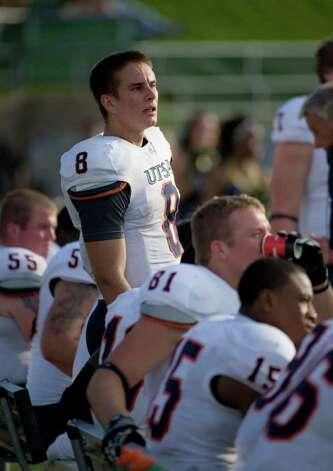 UTSA quarterback, #8, Eric Soza talks to players near the end of the game as the UC Davis Aggies 38-17 defeat the University of Texas at San Antonio Roadrunners, Saturday Oct. 15, 2011. Brian Baer/Special to the San Antonio Express-News Photo: Brian Baer, Express-News / © 2011 Brian Baer
