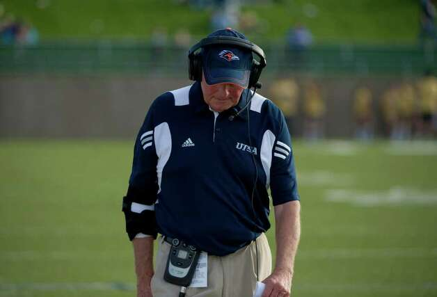 UTSA Head Coach Larry Coker looks on near the end of the UC Davis Aggies 38-17 victory over the University of Texas at San Antonio Roadrunners, Saturday Oct. 15, 2011. Brian Baer/Special to the San Antonio Express-News Photo: Brian Baer, Express-News / © 2011 Brian Baer