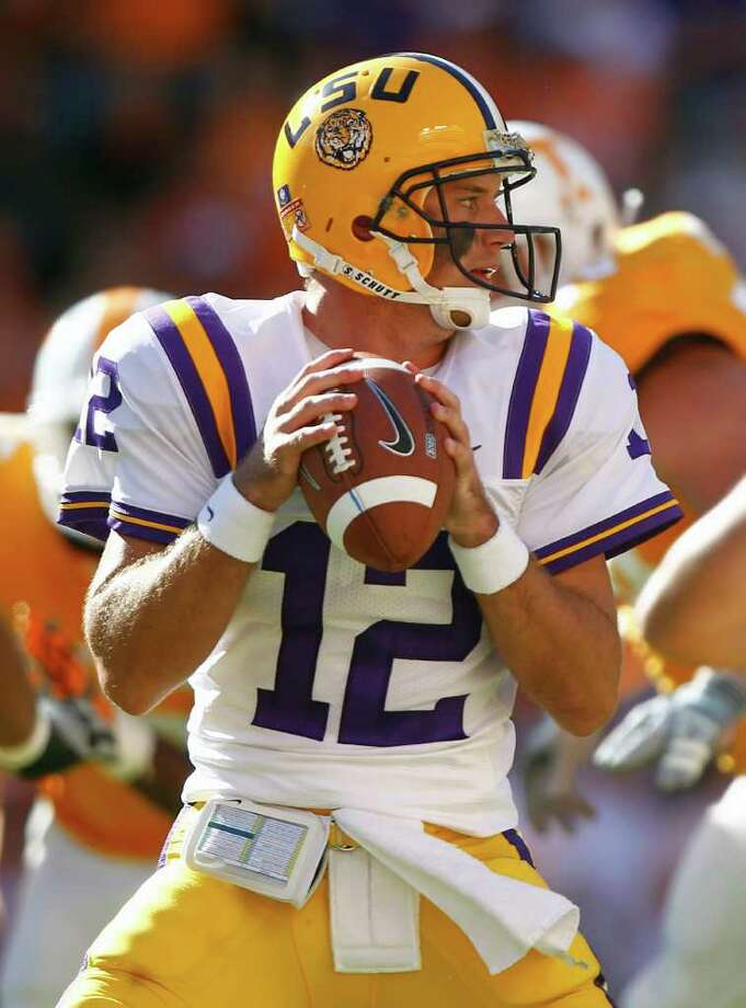 LSU quarterback Jarrett Lee passes against Tennessee in the first quarter of an NCAA college football game on Saturday, Oct. 15, 2011 in Knoxville, Tenn. (AP Photo/Wade Payne) Photo: Wade Payne