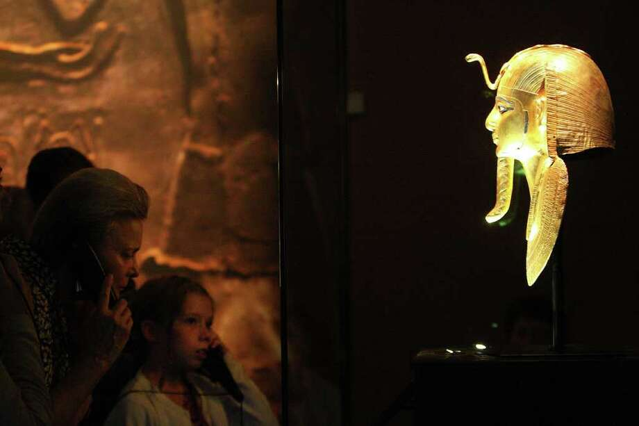 The Golden Mask of Psusennes I Photo: Karen Warren / © 2011 Houston Chronicle
