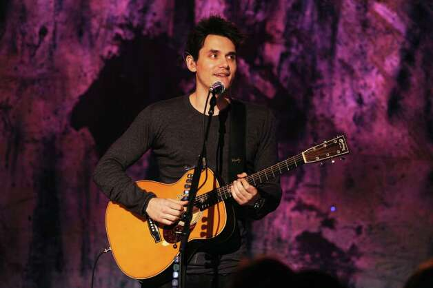 NEW YORK - DECEMBER 10: Musician John Mayer performs during Vh1 Storytellers at Steiner Studios on December 10, 2009 in New York City. Photo: Theo Wargo, Getty Images For Vh1 / Getty Images North America