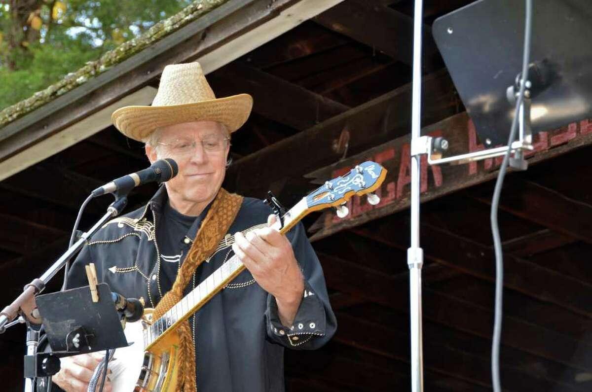 John Moses of the MoBros Band at the New Canaan Nature Center Fall Fair.