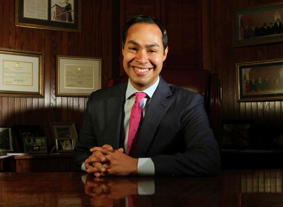 Mayor Julián Castro believes San Antonio's position will only be stronger in another five or 10 years. Photo: Helen L. Montoya/hmontoya@express-news.net / SAN ANTONIO EXPRESS-NEWS