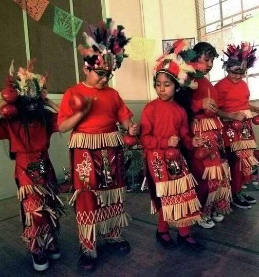 Genoveva Leija, 7, Alejandro Flores,10, Sara Reyes ,7, Rosiaro Leija,10, and Krystal Flores, 9, wo