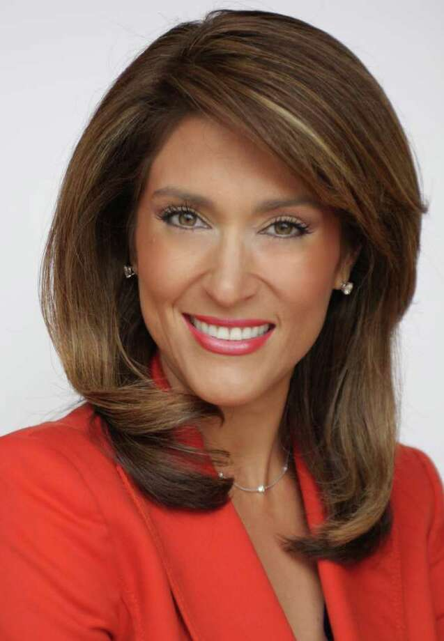 KENS-TV  EXPECTING: KENS-TV anchorwoman Sarah Lucero is expecting a baby girl in late December.