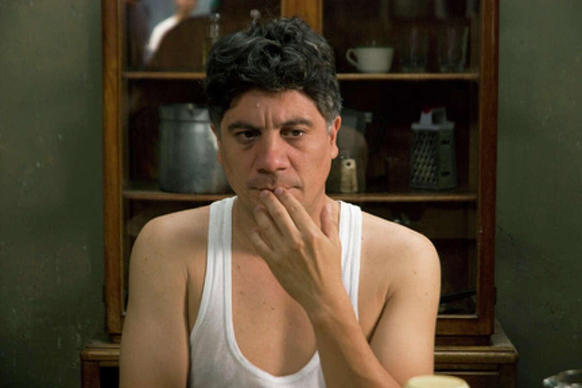 Bruno Odar as Clemente in