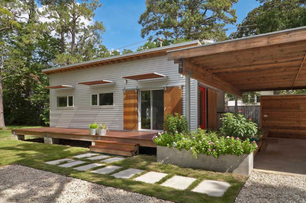 Aia home tour offers design big small traditional and for Big modern house tour