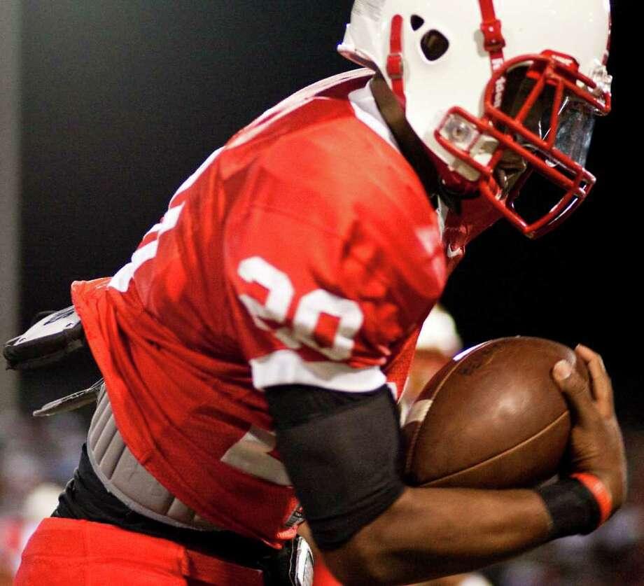 , Friday, Oct. 21, 2011, at Butler Stadium  in Houston. Photo: Nick De La Torre, Houston Chronicle / © 2011  Houston Chronicle