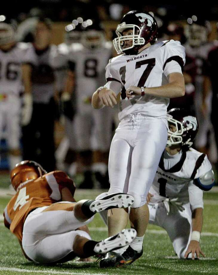 Kicker Tanner Graeber #17 of the Clear Creek Wildcats watches his field goal for 47 yards split the uprights against the Alvin Yellowjackets in a high school football game at Alvin Memorial Stadium in Alvin, Texas. For the Chronicle: Thomas B. Shea Photo: For The Chronicle: Thomas B. She
