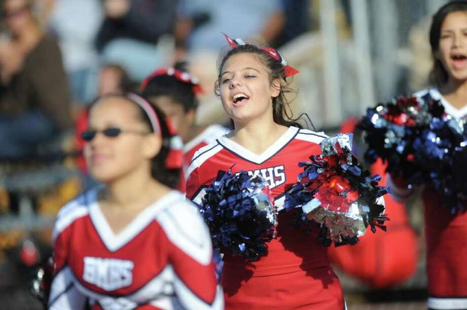 Fairfield Ludlowe football vs. Brien McMahon Saturday, Oct. 22, 2011 at Taft Field in Fairfield, Conn. Photo: Autumn Driscoll / Connecticut Post