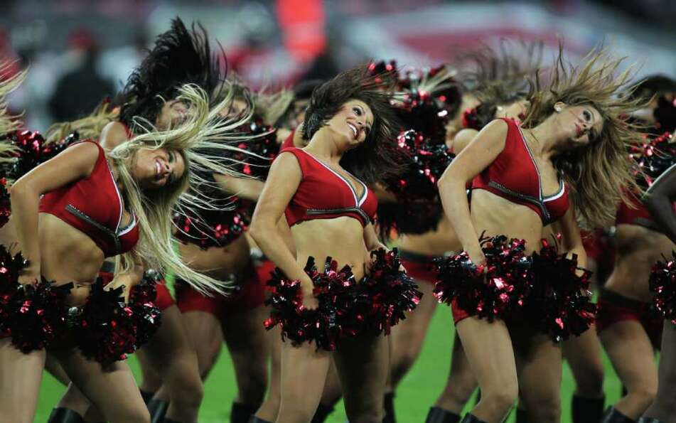 LONDON, ENGLAND - OCTOBER 23:  Tampa Bay Buccaneers cheerleaders perform during the NFL Internationa