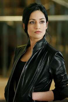 "Best performance by an actress in a supporting role in a series, mini-series or motion picture made for television:Archie Panjabi, ""The Good Wife"" Photo: Eike Schroter / ©2009 CBS BROADCASTING INC. ALL RIGHTS RESERVED."