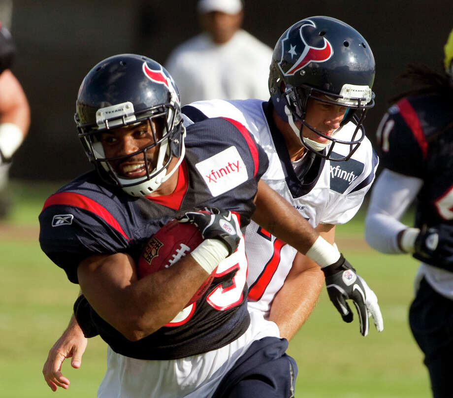 Quintin Demps was with the Texans during training camp but was released in the final rounds of cuts. Photo: Brett Coomer, Houston Chronicle /  2010 Houston Chronicle