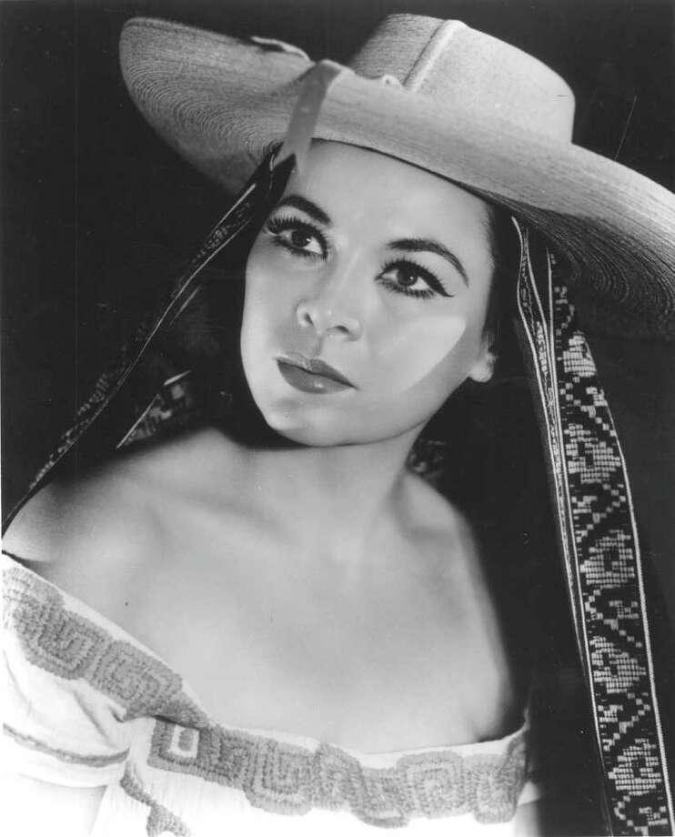 "Rosita Fernandez,(Monterrey, 1919–San Antonio, Texas, 2006) the Mexican-born singer was named as ""San Antonio's First Lady of Song"" by Lady Bird Johnson. Photo: EXPRESS-NEWS FILE PHOTO"