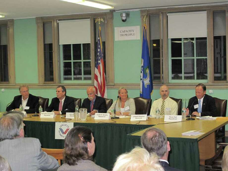 Town Council candidates Roger Williams, Ken Campbell, John Emert, Tucker Murphy, Joe Paladino and Steve Karl all gathered for the LWV Forum Monday night to discuss their priorities for when they take office this November. Photo: Paresh Jha