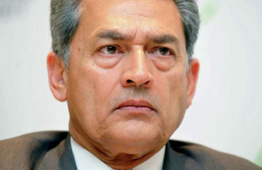Rajat Gupta, senior partner emeritus of McKinsey & Company, attends a news conference at Seoul G20 Business Summit in Seoul, South Korea, on Wednesday, Nov. 10, 2010. Gupta, once accused of feeding tips to Galleon Group LLC hedge fund manager Raj Rajaratnam, surrendered to federal authorities to face insider trading charges, making him the highest-ranking executive to be arrested in the probe. Photographer: Seokyong Lee/Bloomberg *** Local Caption *** Rajat Gupta Photo: Seokyong Lee, Bloomberg / © 2011 Bloomberg Finance LP