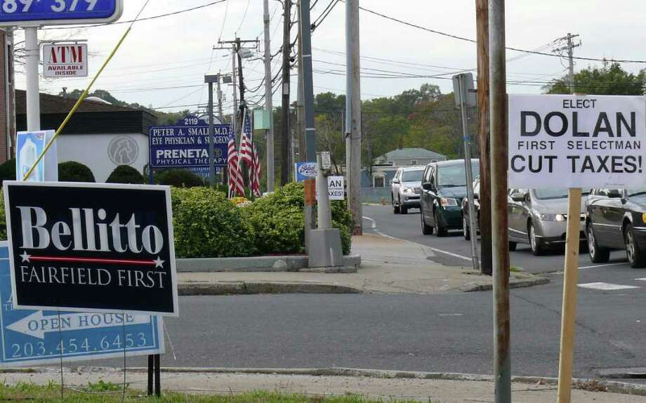 Political signs dot the landscape as the countdown to the municipal election begins. Photo: Genevieve Reilly / Fairfield Citizen