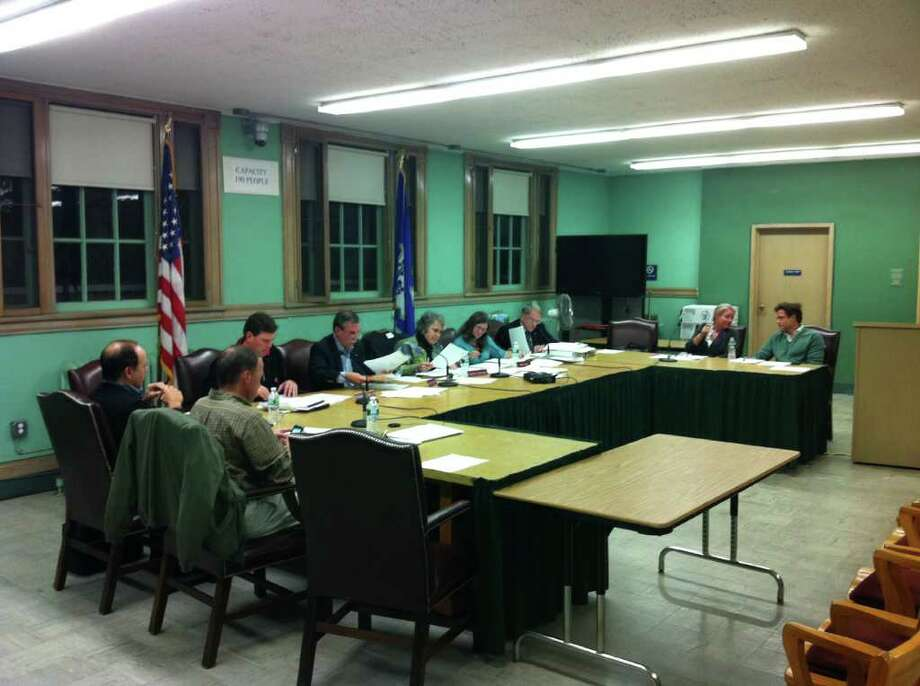 Members of the Lakeview Avenue Bridge Arbitration Subcommittee released its draft recommendations Wednesday, Oct. 26. Photo: Paresh Jha