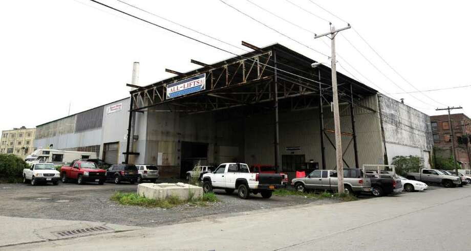 The All-Lifts building which is the proposed site of the new Sneaky Pete's on Thacher Street in Albany, N.Y. September 26, 2011.    (Skip Dickstein/Times Union) Photo: Skip Dickstein / 00014755A
