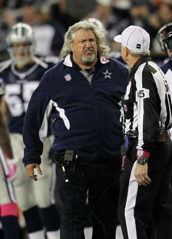 FOXBORO, MA - OCTOBER 16: Rob Ryan, the defensive coordinator of the Dallas Cowboys, has word with an official during a game with the New England Patriots in the second half at Gillette Stadium on October 16, 2011 in Foxboro, Massachusetts. Photo: Jim Rogash, Getty Images / 2011 Getty Images