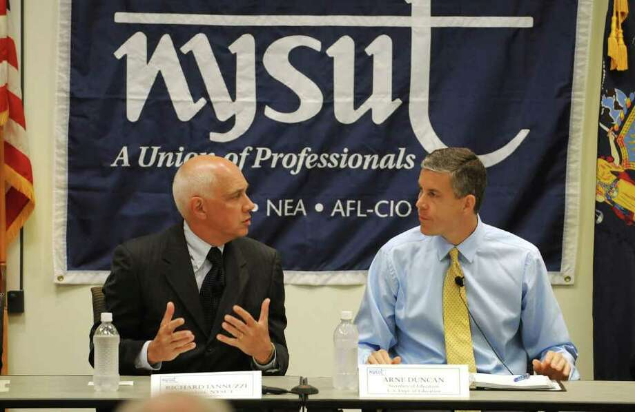 From left, Richard C. Iannuzzi, President, NYSUT, and Arne Duncan, U.S. Education Secretary, head a round table with teams of teachers about reform and pilot program on teacher evaluations, at NYSUT headquarters in Latham, NY on August 30, 2010. (Lori Van Buren / Times Union) Photo: Lori Van Buren / 00010028A