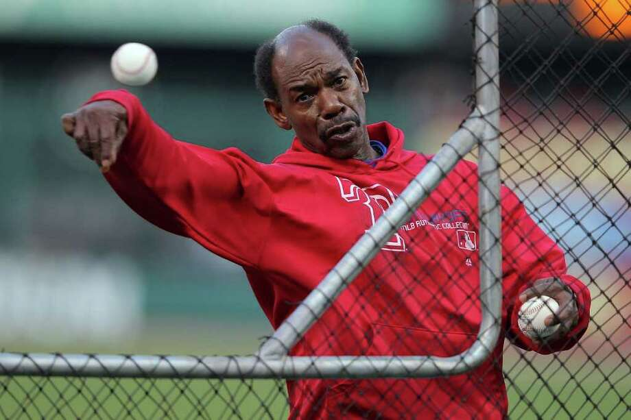 ST LOUIS, MO - OCTOBER 28:  Manager Ron Washington of the Texas Rangers throws batting practice prior to Game Seven of the MLB World Series against the St. Louis Cardinals at Busch Stadium on October 28, 2011 in St Louis, Missouri. Photo: Doug Pensinger, Getty / 2011 Getty Images