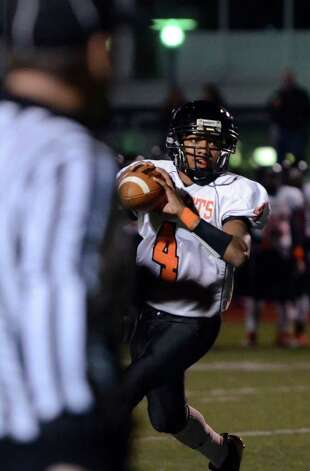 Stamford's Bryan Boderick (4) looks to pass during the football game against Fairfield Ludlowe at Taft Field at Ludlowe High School on Friday, Oct. 28, 2011. Photo: Amy Mortensen / Connecticut Post Freelance