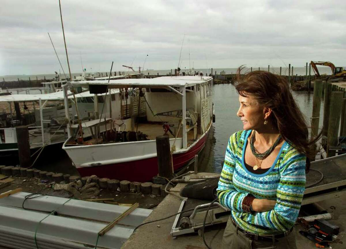 NICK de la TORRE: CHRONICLE HOPING AND WAITING: Lisa Halili, who owns Prestige seafood suppliers with her husband, Johnny, says that with the Texas coast closed to oystering, the company's only hope is that oysters will be found when Louisiana opens its public oyster grounds Monday.