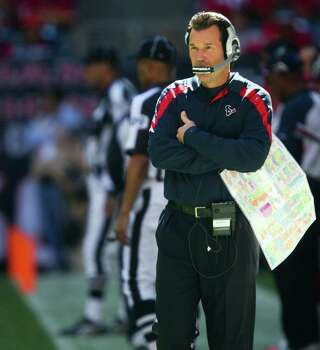 Houston Texans head coach Gary Kubiak paces the sidelines during the second quarter against the Jacksonville Jaguars at Reliant Stadium on Sunday, Oct. 30, 2011, in Houston. Photo: Smiley N. Pool, Houston Chronicle / © 2011  Houston Chronicle