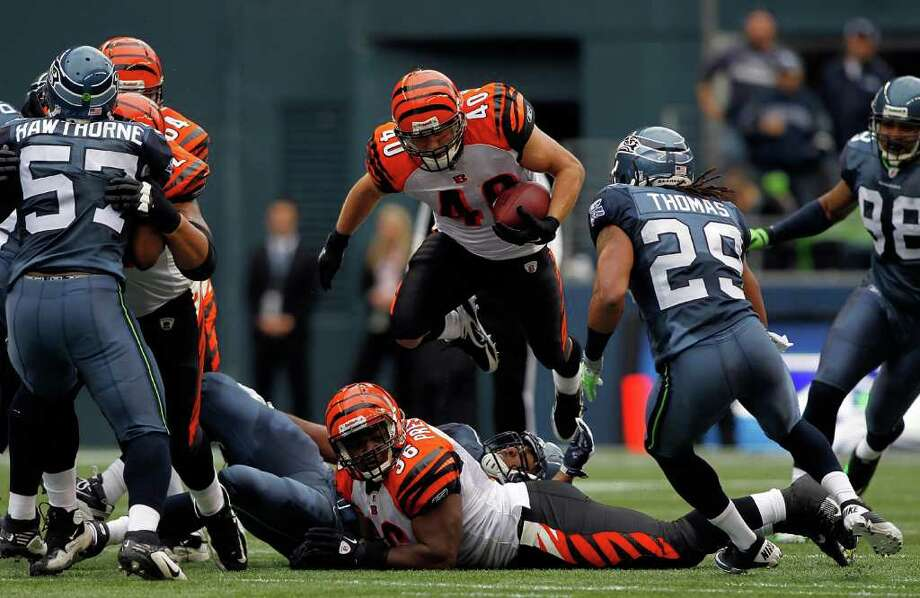 SEATTLE - OCTOBER 30: Brian Leonard #40 of the Cincinnati Bengals runs the ball against the Seattle Seahawks on October 30, 2011 at Century Link Field in Seattle, Washington. Photo: Jonathan Ferrey, Getty Images / 2011 Getty Images