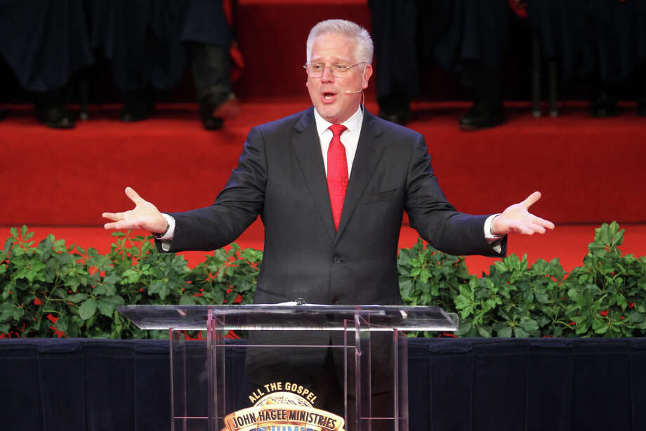 Glenn Beck speaks during the 30th Annual Night to Honor Israel at Cornerstone Church, Sunday, Oct. 30. Photo: Jennifer Whitney, Special To The Express-News / special to the Express-News