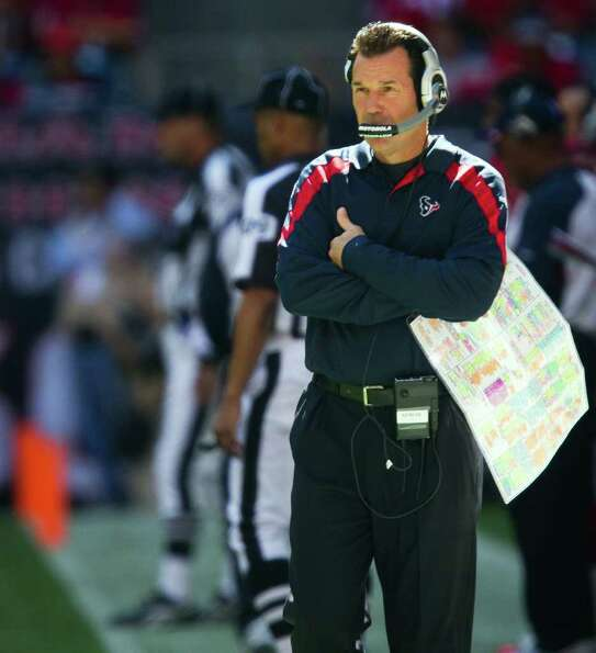 Houston Texans head coach Gary Kubiak paces the sidelines during the second quarter against the Jack
