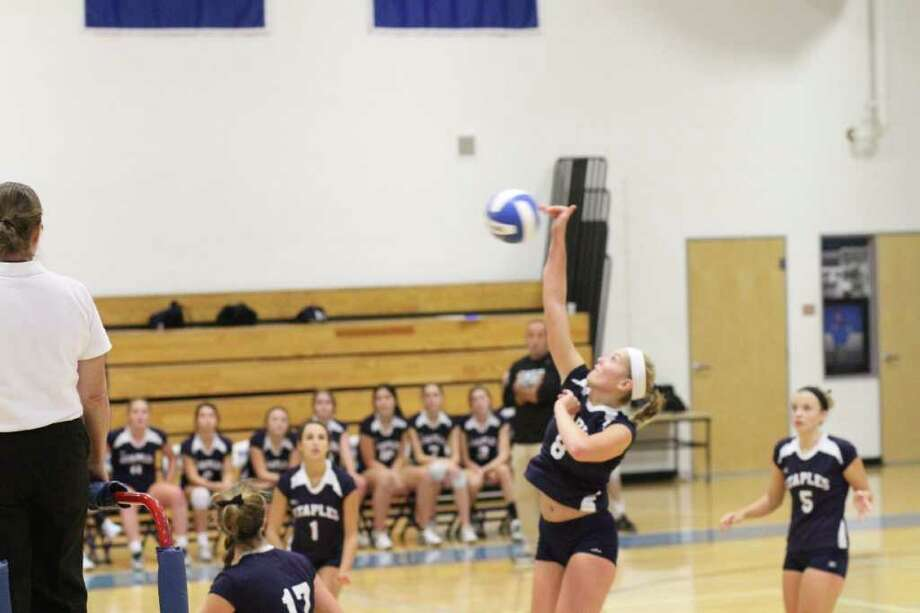 Staples' Joosje Grevers serves it. Because of the power outages caused by the Oct. 29 storm, Grevers and the Lady Wreckers won't begin their FCIAC tournament run until Thursday. The tournament was originally scheduled to begin Tuesday. Photo: Francis A. Fiolek / Contributed