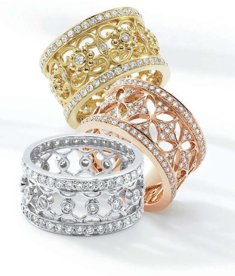 Houston Ballet PHOTOS STRIKE UP A BAND: Peran & Scannell is among the Nutcracker Market's jewelers. Photo: Houston Ballet