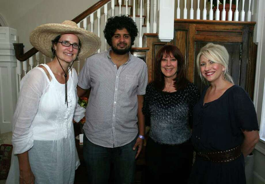 Docents Julie Van Zandt, Sameer Paya, Vicki Wright and Julie Voight were at the Monte Vista Homeowners Association home tour on Oct. 22. Photo: LELAND A. OUTZ, FREELANCER / SAN ANTONIO EXPRESS-NEWS