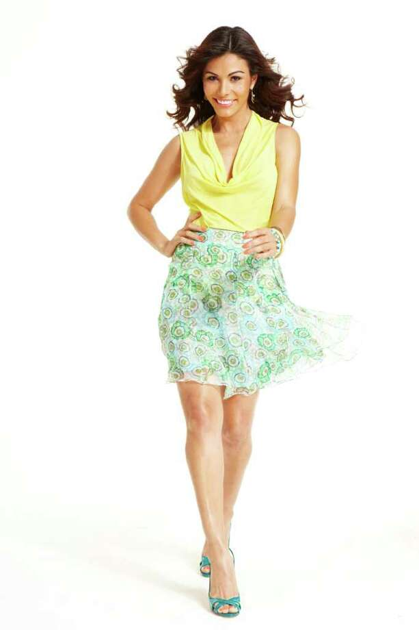 Orgullosa.com TARGET SHOPPER:  The Procter & Gamble website Orgullosa.com is geared toward Latinas.