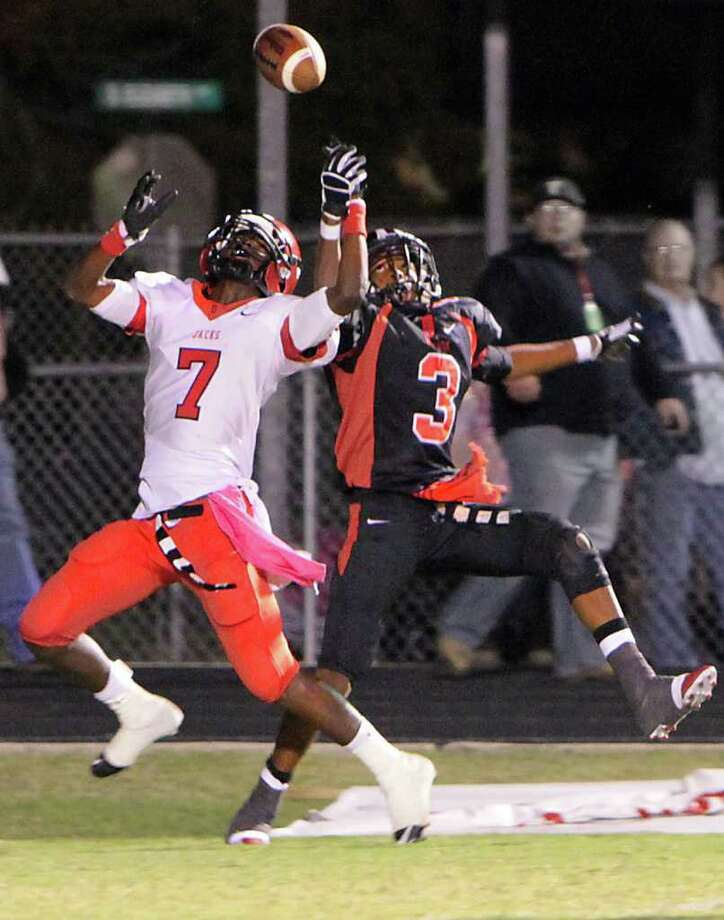 Kirbyville defeats Diboll to take upper hand in playoff race. Photo: Charles Kerr