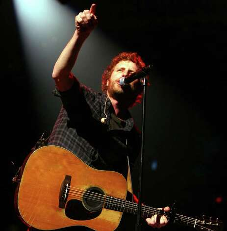 Dierks Bentley performs Saturday, Feb. 25, at the 2012 San Antonio Stock Show & Rodeo. JENNIFER WHITNEY / SPECIAL TO THE EXPRESS-NEWS Photo: Jennifer Whitney, Special To The Express-News / San Antonio Express-News