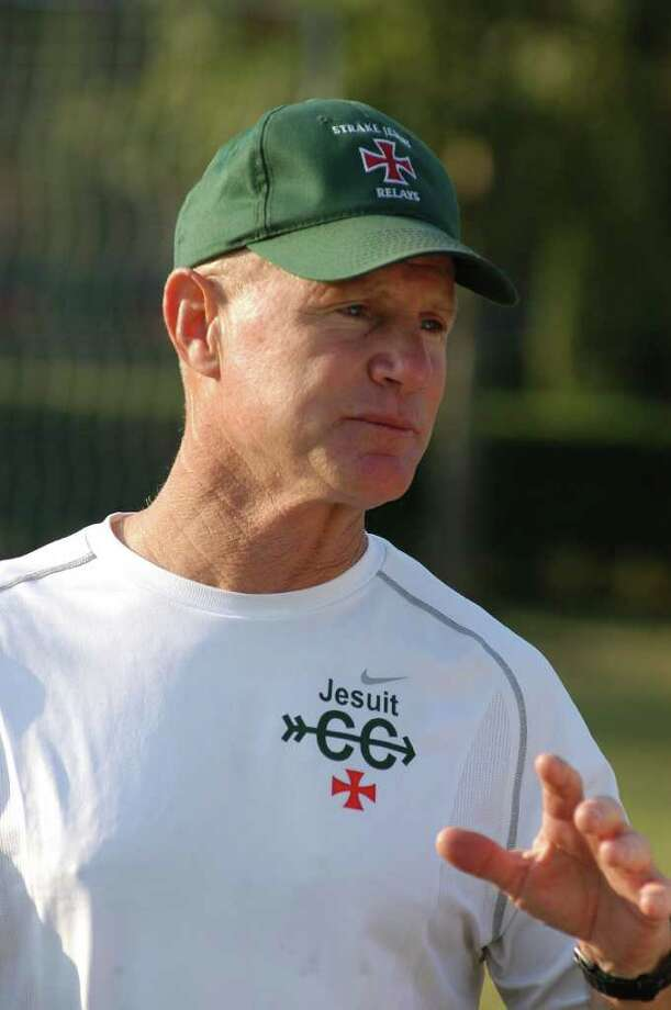 Strake Jesuit cross country track and field coach Mike Kerley. Photo: L. Scott Hainline / Freelance